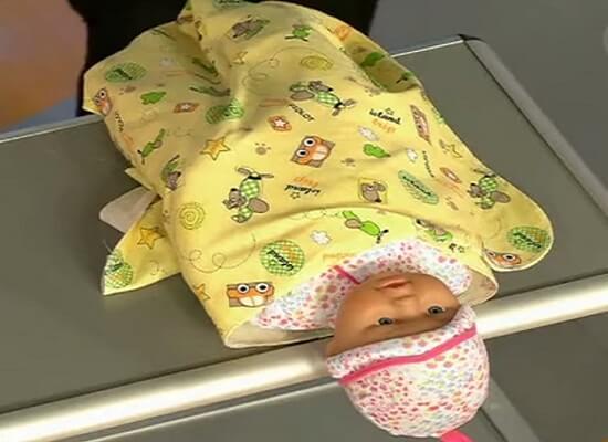 Пеленание малыша5